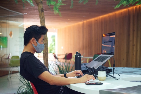 Worker in Mask